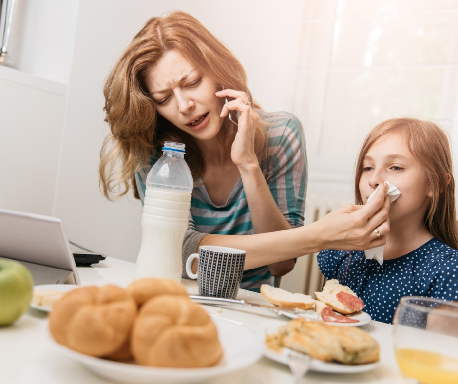 mother-working-at-home-picture-id542091558